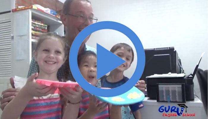 Make ice cream with T.Greg and kindergarten children of Guru English School.